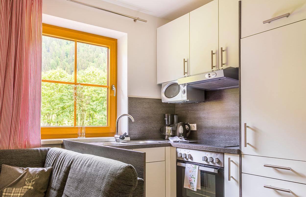 Küche Ferienwohnung Alpenappartement Oberlehengut in Werfenweng Salzburg